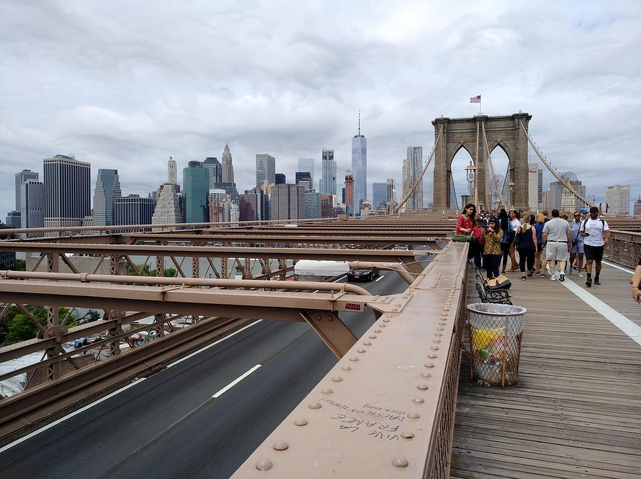 Como Cruzar el Puente de Brooklyn Caminando